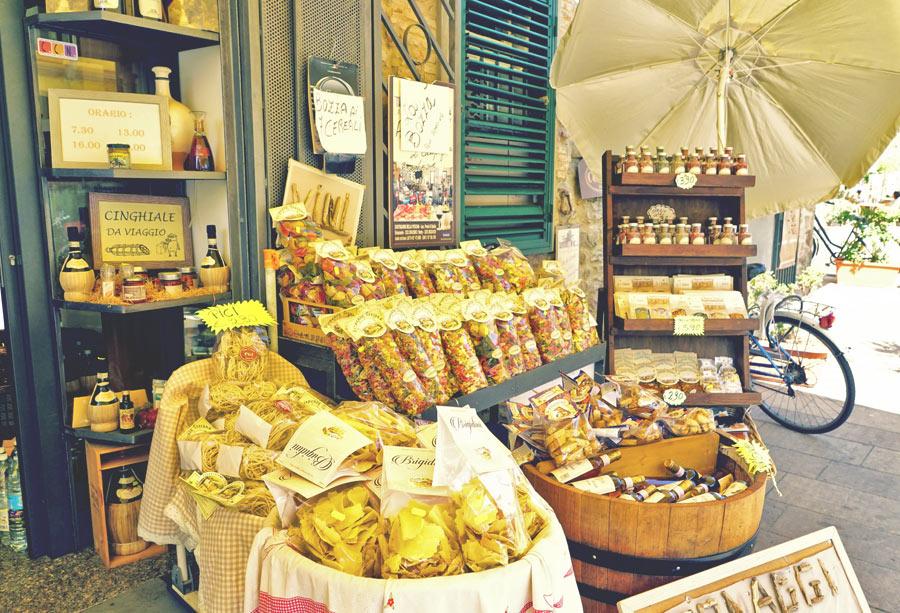 Nudeln Markt in Italien