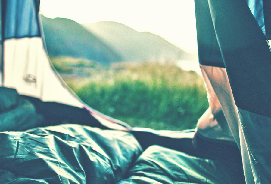 Schlafsack im Zelt